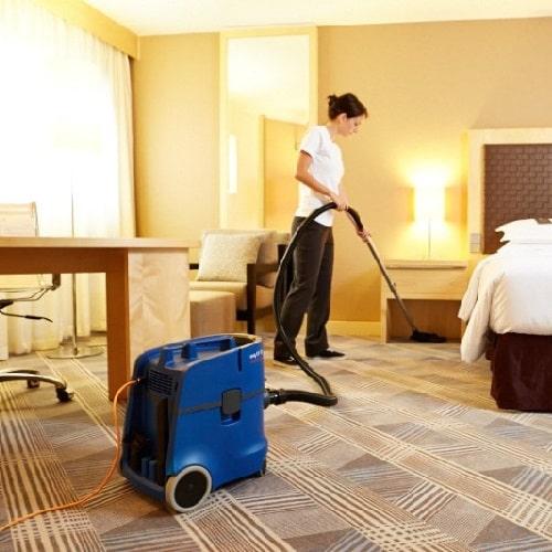 جاروبرقی هتلی
